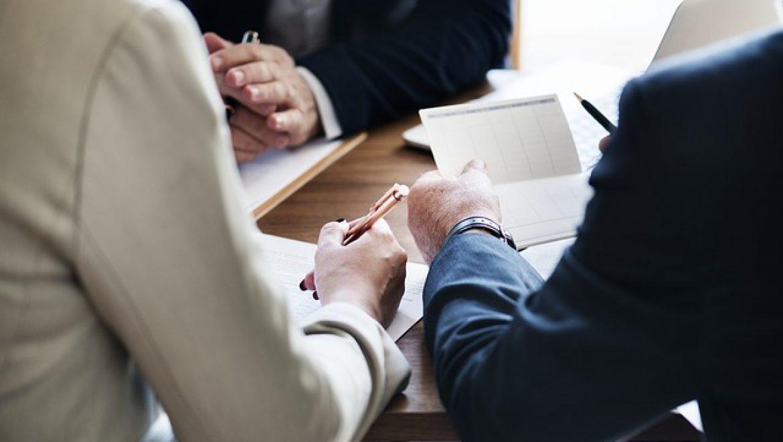 למה לעבוד עם יועצי מימון לפני הסדר חובות מול הבנקים?